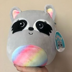 """NWT 8"""" Max the Raccoon Squishmallow"""